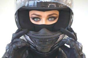 گواهینامه موتورسیکلت برای خانم ها