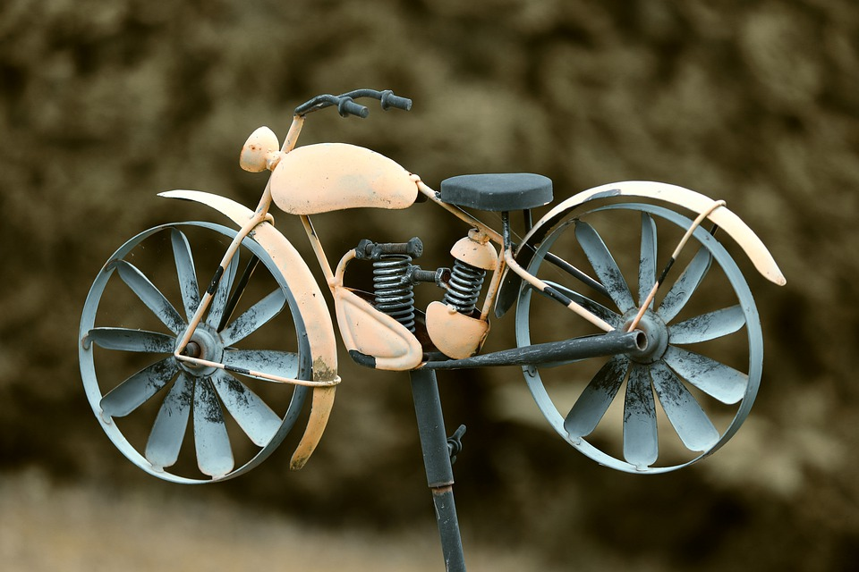 طراحی و ساخت موتورسیکلت